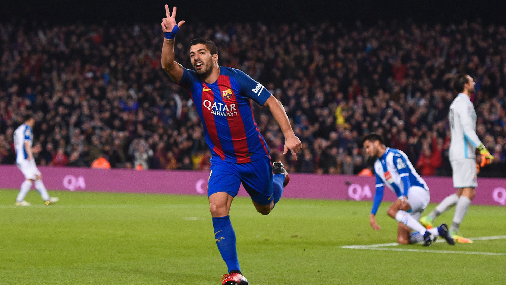 Luis Suarez Still one of the most prolific number 9 s — AjaxDaily